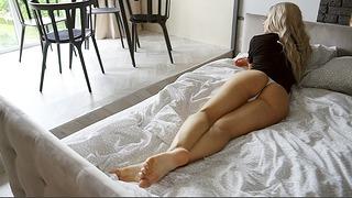 Waking Up Alice! In My Panties Wonderland – Alice Redlips